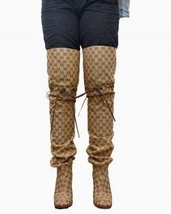 Bota Gucci over the Knee Monograma