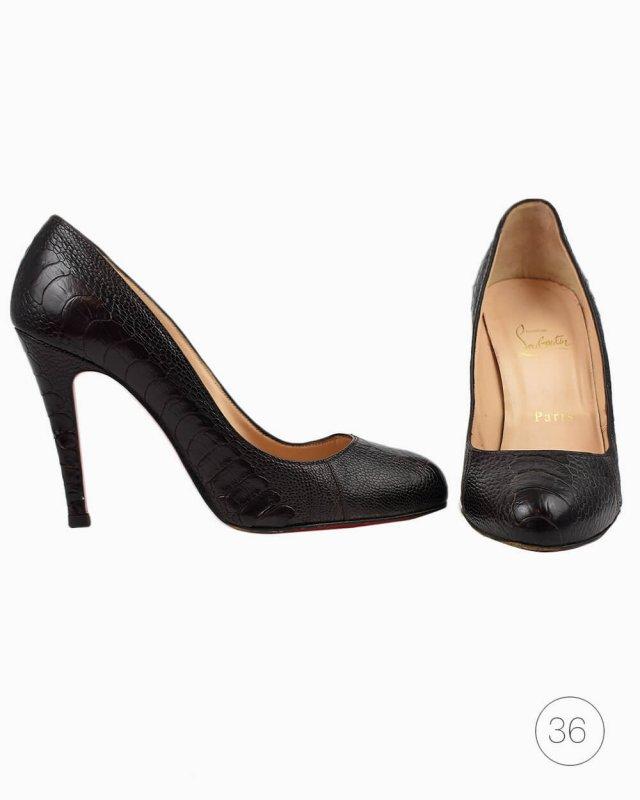 Sapato Louboutin Simple Pump croco marrom