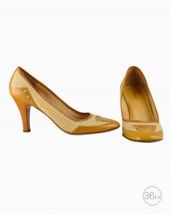 Sapato Prada vintage em sisal amarelo