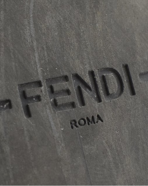Slide Fendi Mania