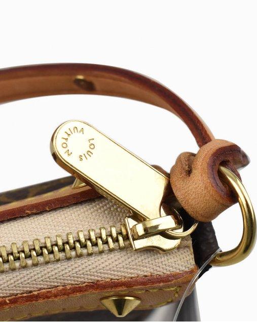 Bolsa Louis Vuitton Pochette Monograma