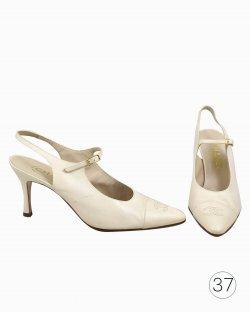 Sapato Chanel de Couro OffWhite Vintage