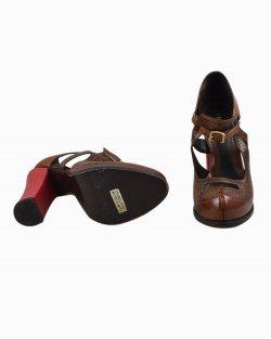 Sapato Fendi couro Marrom