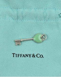 Berloque Tiffany & Co Key prata