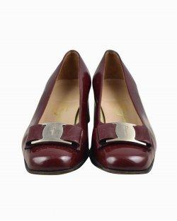 Sapato Salvatore Ferragamo de Verniz Marsala Vintage