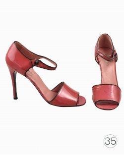 Sandália Prada de Salto de Verniz Vermelho