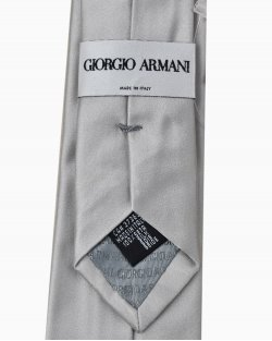 Gravata Giorgio Armani Slim de Seda Prateada