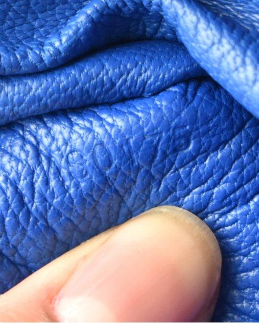 Bolsa Louis Vuitton Capucines BB de Python Azul