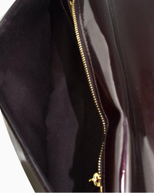 Clutch Louis Vuitton Pochette SoBe Amarante