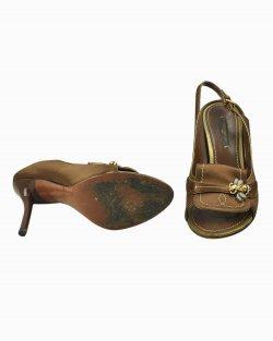 Sapato Louis Vuitton cetim de seda marrom