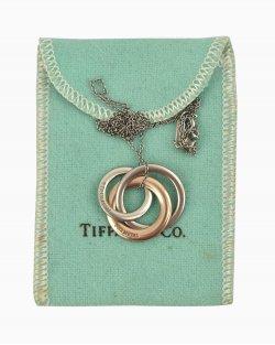Colar Tiffany & Co interlocking circles prata