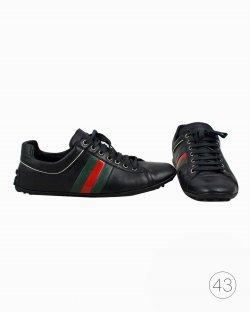 Tênis Gucci em couro preto