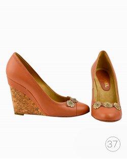 Sapato Chanel Camelia cork wedges heels marrom