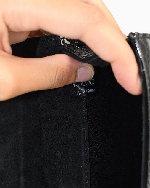 Clutch Gucci Patent Microguccissima de Verniz Preto