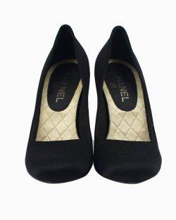 Sapato Chanel cetim CC preto