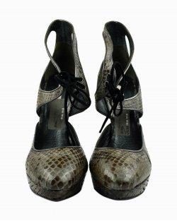 Sapato Miu Miu salto pilastra cinza fóssil