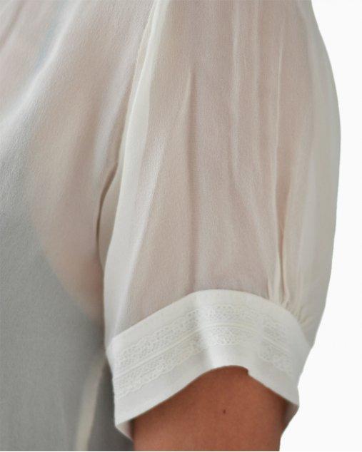 Blusa Carol Bassi seda off white