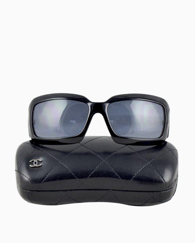 Óculos Chanel Detalhe Madre Pérola