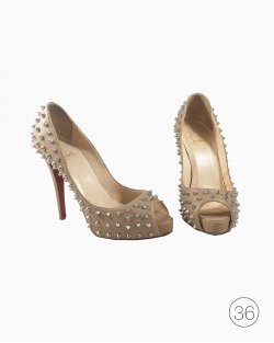 Peep Toe Christian Louboutin Ariella Studed