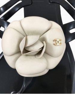 Rasteirinha Chanel Pétalas
