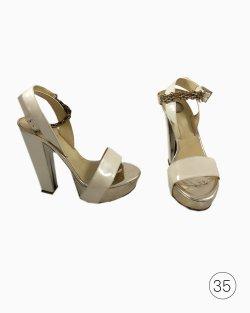 Sandália Versace Verniz Off White
