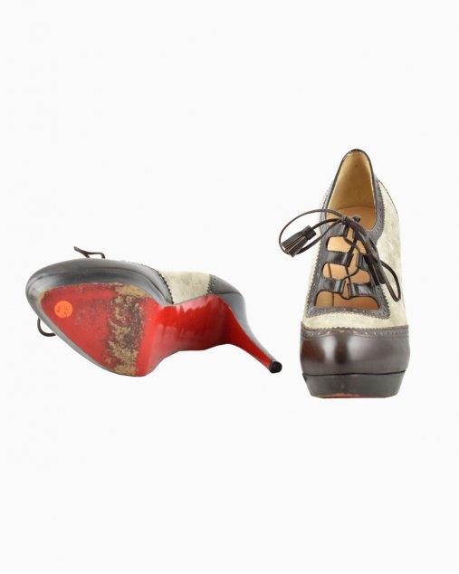 Sapato Christian Louboutin Marrom