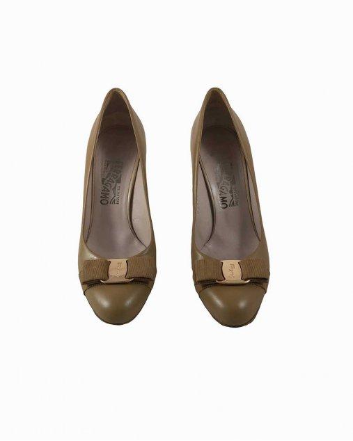 Sapato Ferragamo couro marrom