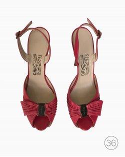 Sapato Ferragamo Peep Toe Couro Rosa